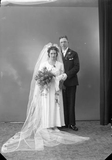"""Enligt fotografens journal nr 6 1930-1943: """"Herr Hjalmar Johansson Känstorp Spekeröd""""."""