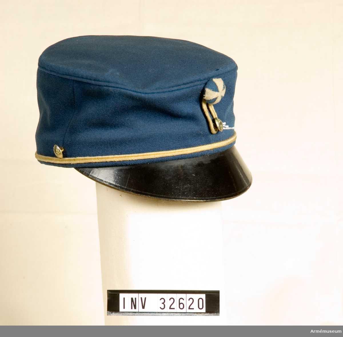 Grupp C. Lägermössa för stammanskap. Förändrad m/1860-86. Modellexemplar.