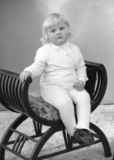 """Enligt fotografens journal nr 9 1958-: """"Andersson, Thure, Nordhems skola Ödsmål""""."""