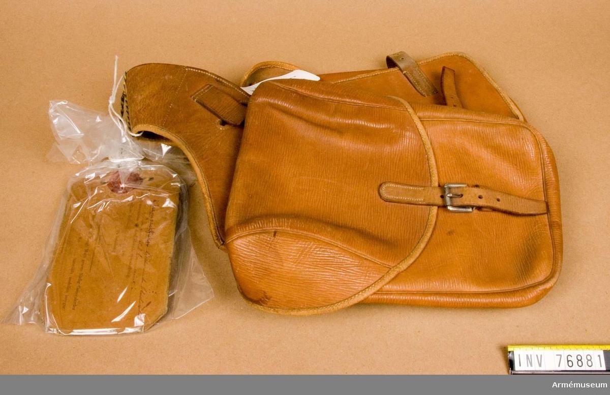 Grupp K:I.  Packfickorna äro försedda med en lapp, som är försedd med sigill men saknar underskrift och datum.