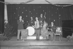 "Text till bilden: ""Willy Erlings orkester. Folkets Hus. B-sa"