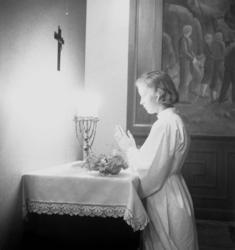"""""""Lucia utan krona""""."""