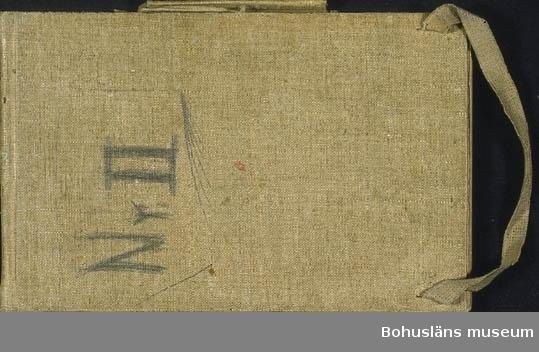 Odengatan 8. Juni 1900. Ragnar Ljungman Nr.2. Skissbok med hårda pärmar. Tillkomstort Stockholm. För uppgifter om konstnären Ragnar Ljungman, se RL001.