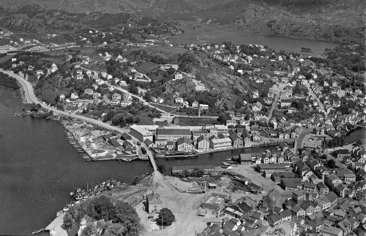Hafsøy, A/S Egersunds Fayancefabriks Co., Lervika