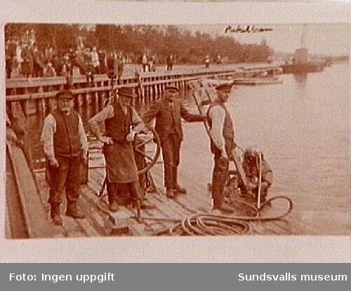 Dykare i arbete i Selångersån.