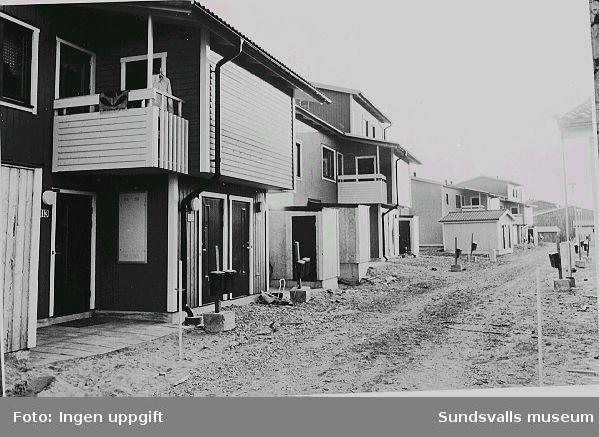 Radhus under uppförande, Luleåvägen 113 - 115. Byggherre: HSB.
