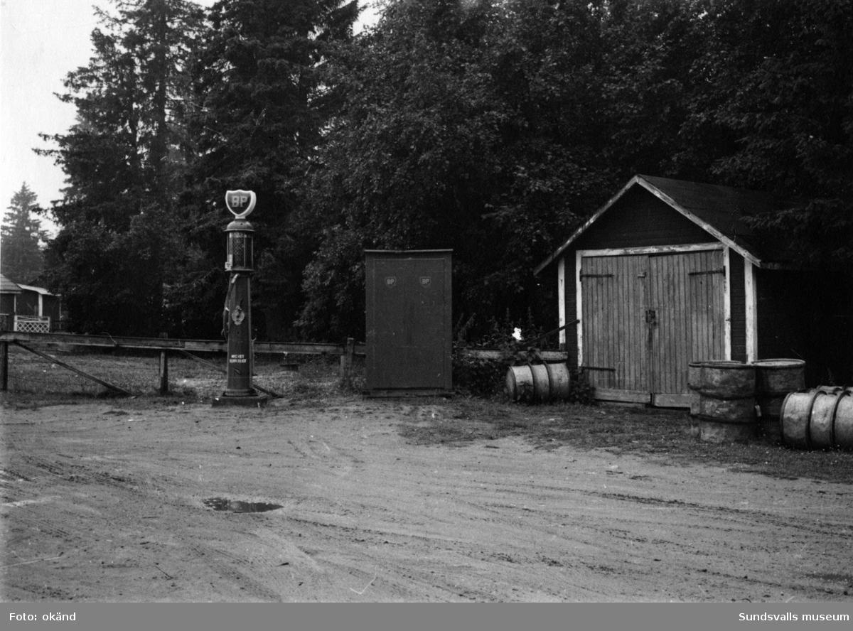 BP-stationen Alnö, Spikarna
