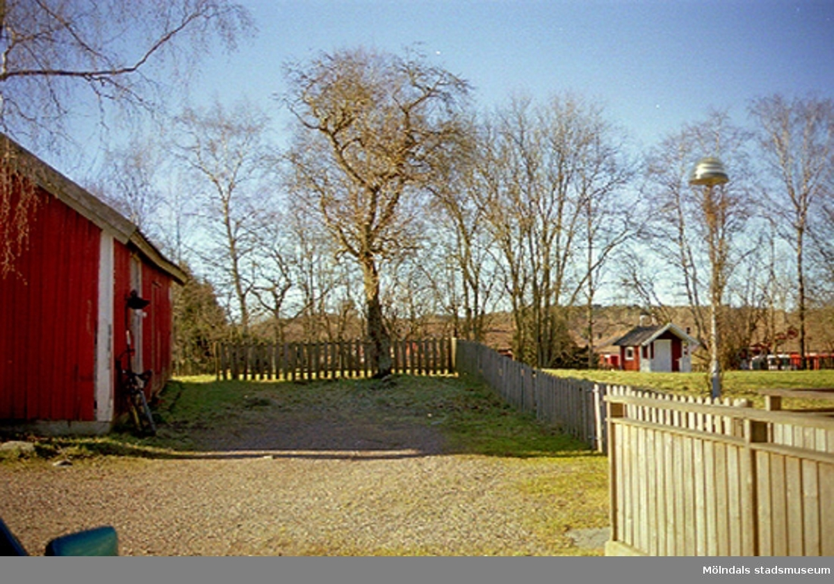 Almvägen 6A, Gastorp 3:92, Lindome, 2002-02-13.