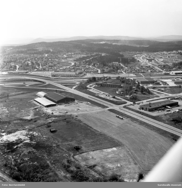 Flygfoton över Gärde, Bydalen, Bosvedjan, motorvägen.