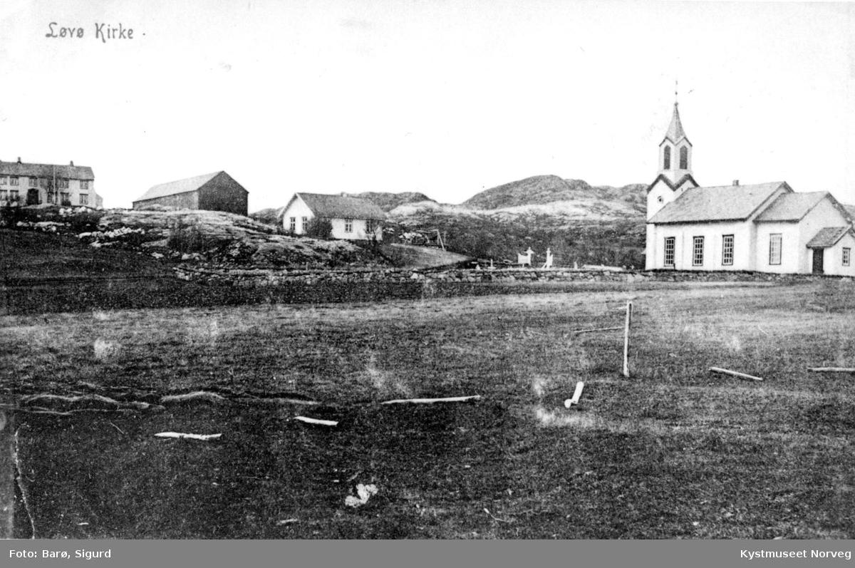 Flatanger, Løvøy kirke