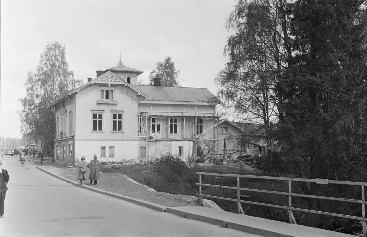 17. mai. Elverum.  1950. Storgata ved Markus.