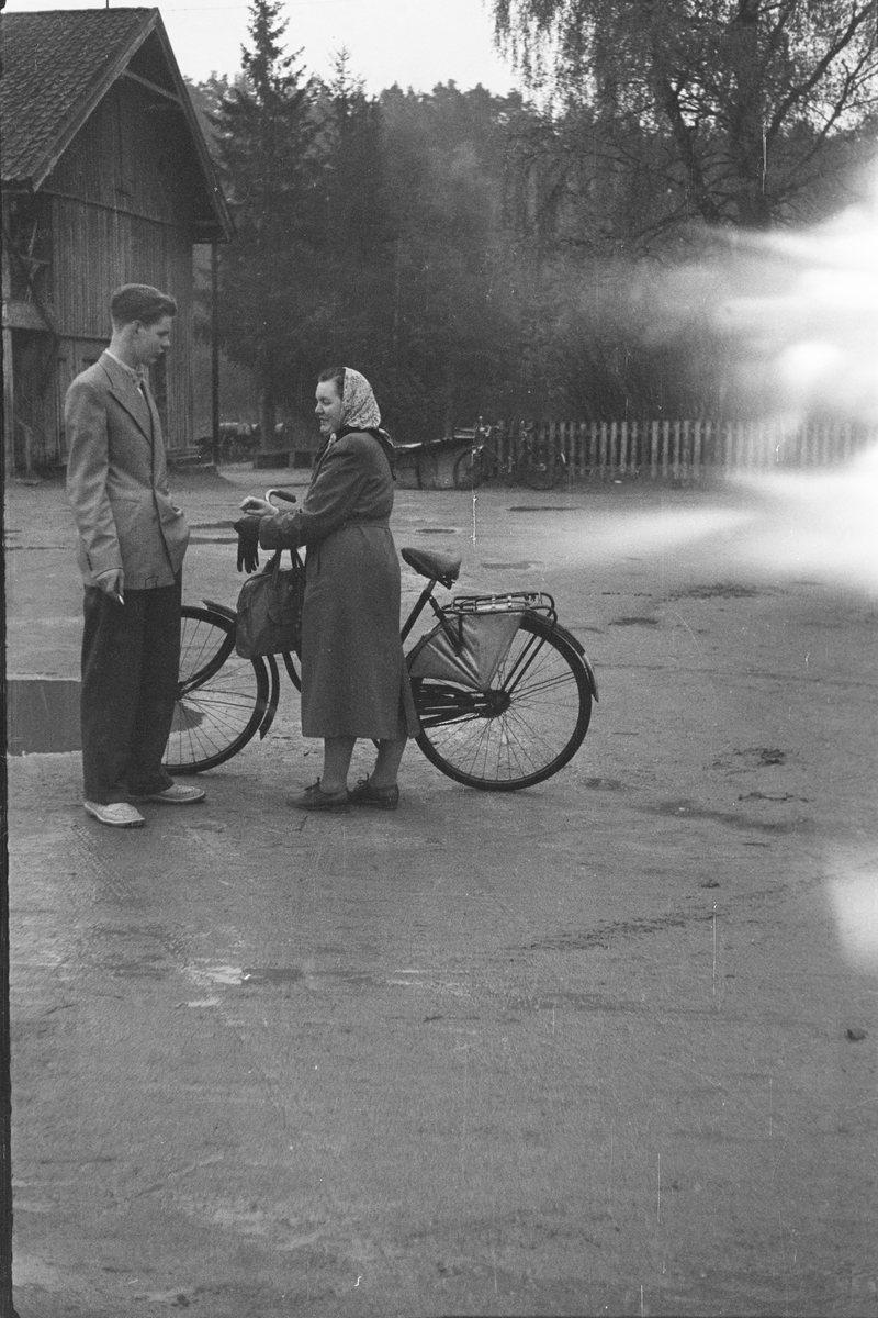 17. mai. Elverum.  1954.  Grønnruss, Østmoehjørnet.