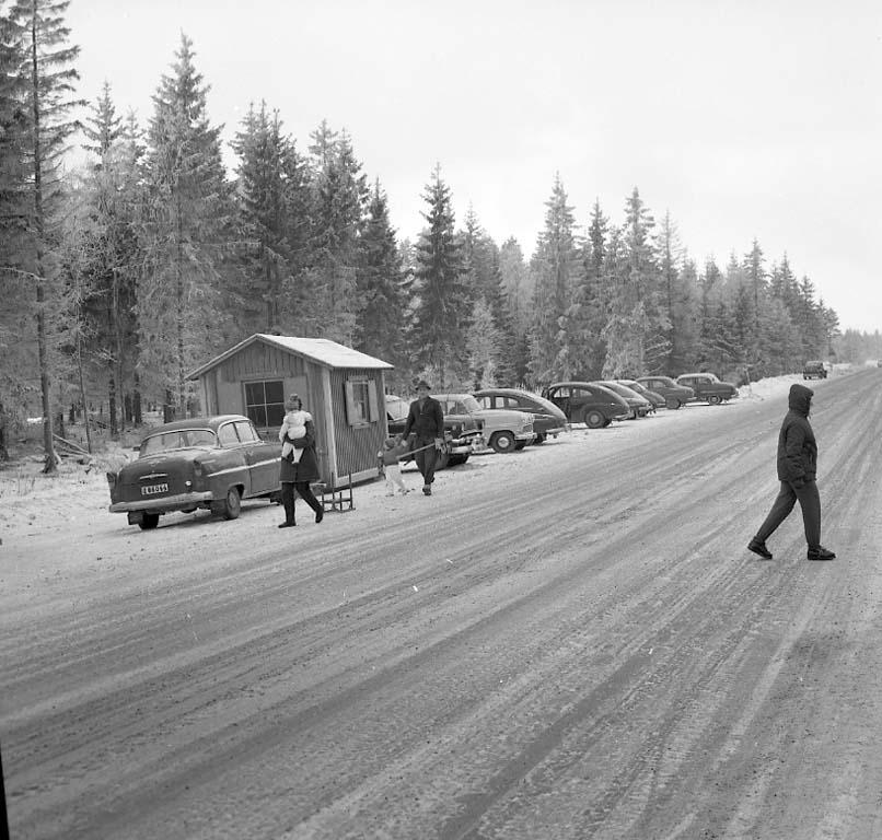 Från DM i skridskoåkning på Rönnevattnet, Uddevalla, den 22 januari 1961