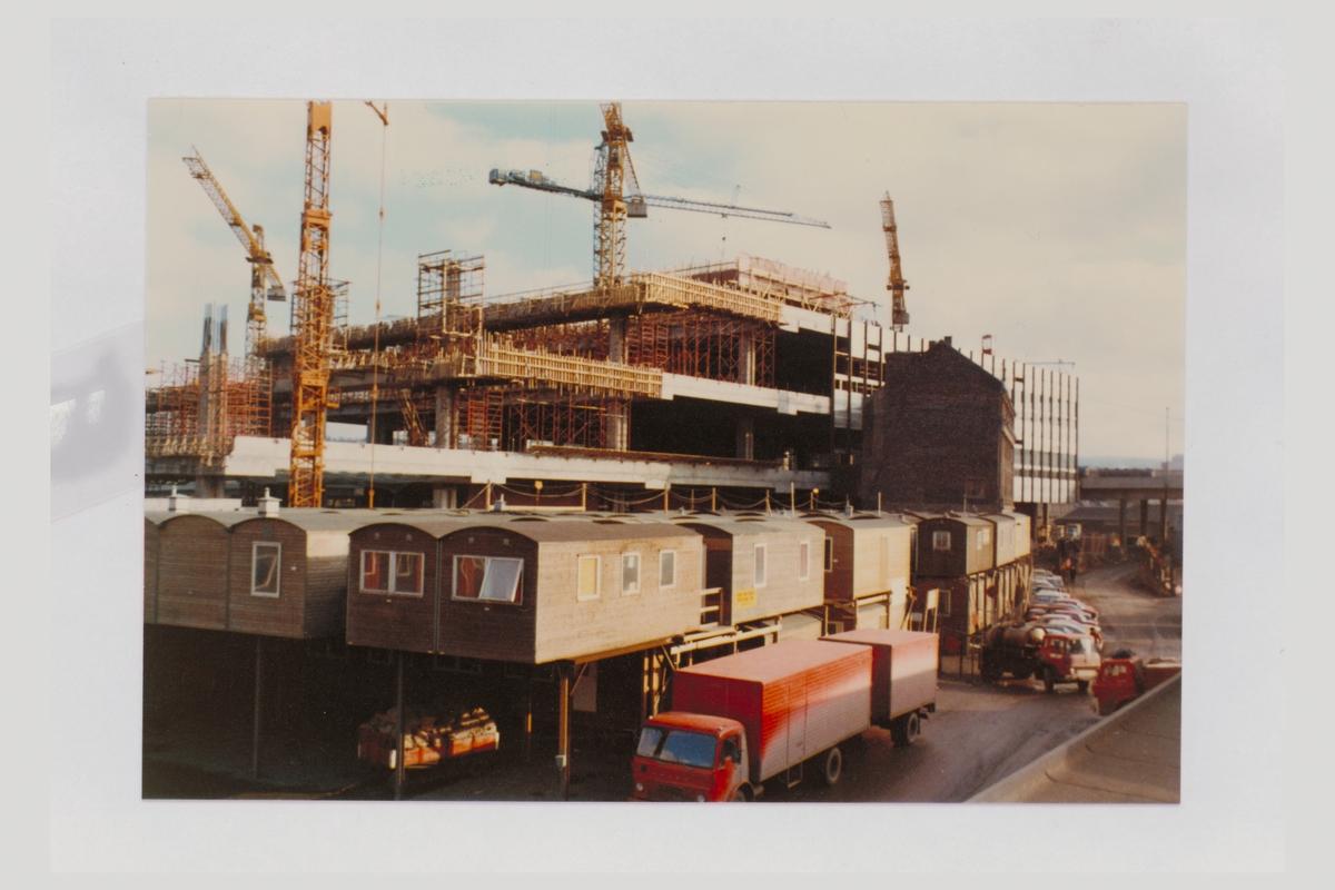 eksteriør, postterminal, Oslo, Postgiro, byggeprosess, jernbaneposthuset, februar 1974