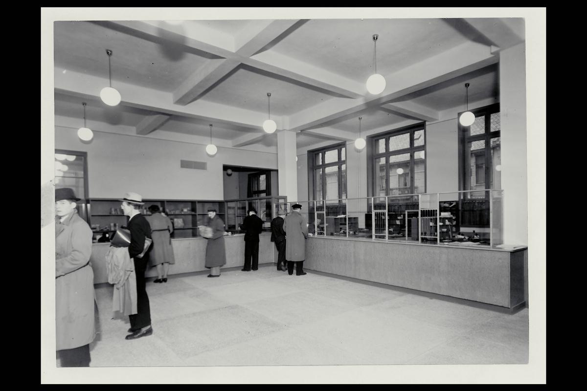 interiør, postkontor, 4604 Kristiansand S, publikumshall, kunder