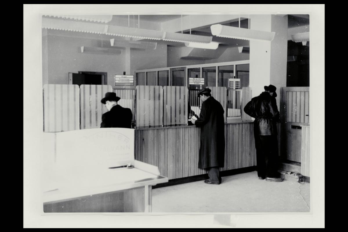 interiør, postkontor, 1700 Sarpsborg, publikumshall, kunde