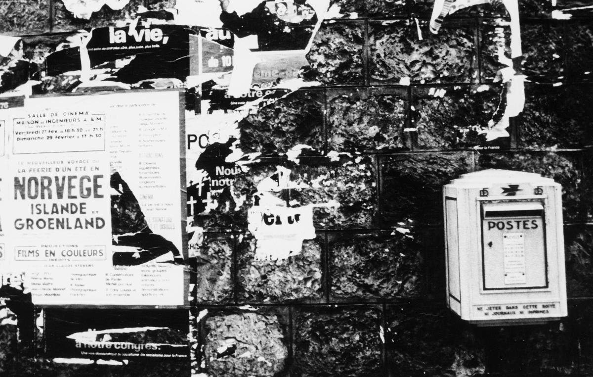 postkasser, utland, festet på vegg