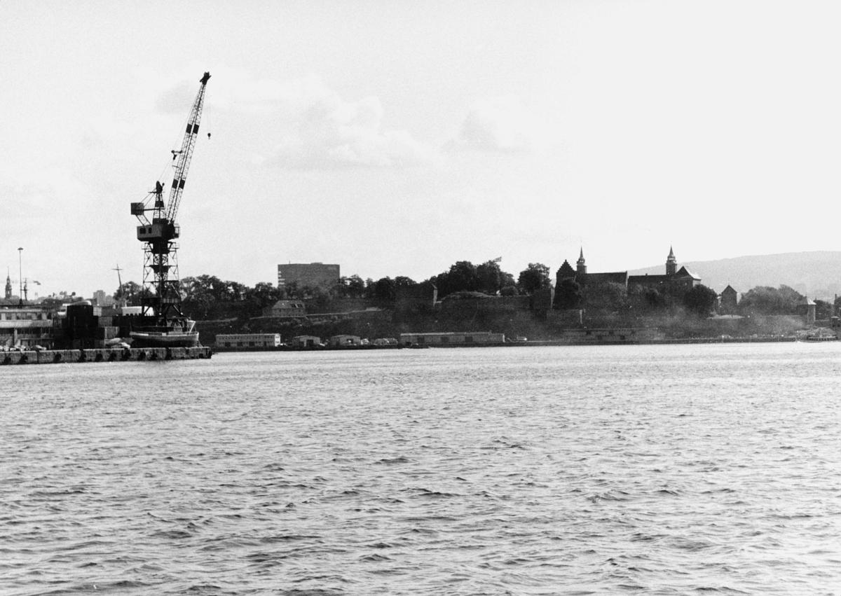 norgesbilder, Oslo havn, bybilde, vann, bygninger