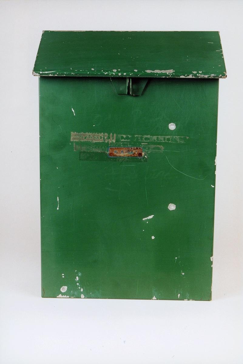 Postmuseet, gjenstander, postkasse, brevkasse, privat postkasse, til postkassestativ.