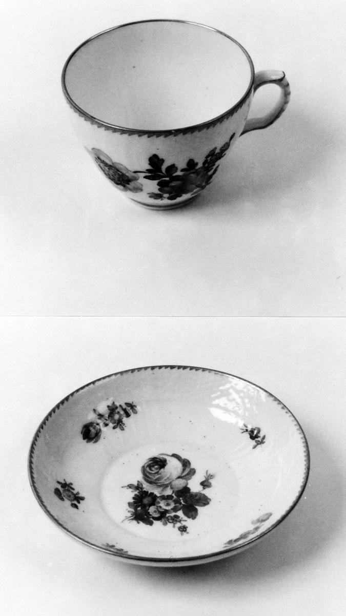 A: Kopp;  B: Skål Kopp og skål som A 00836 A-B