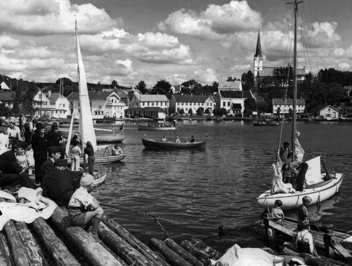 Seilbåt - Lillesand havn