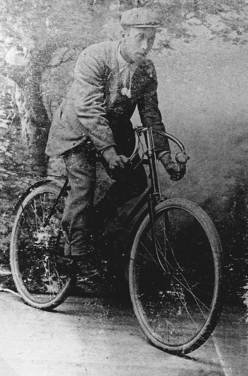 Hjalmar Jørgensen var en av Lørenskogs første syklister.