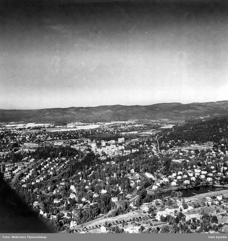 Holmen, Stasjonsveien, Holmenkollveien, Gressbanen (Flyfoto)