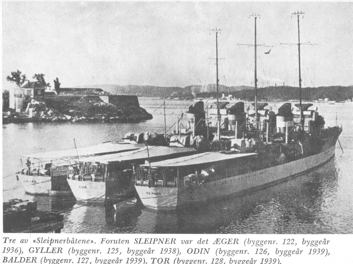 """""""Sleipner"""", """"Æger"""" og """"Gyller"""" i havn."""