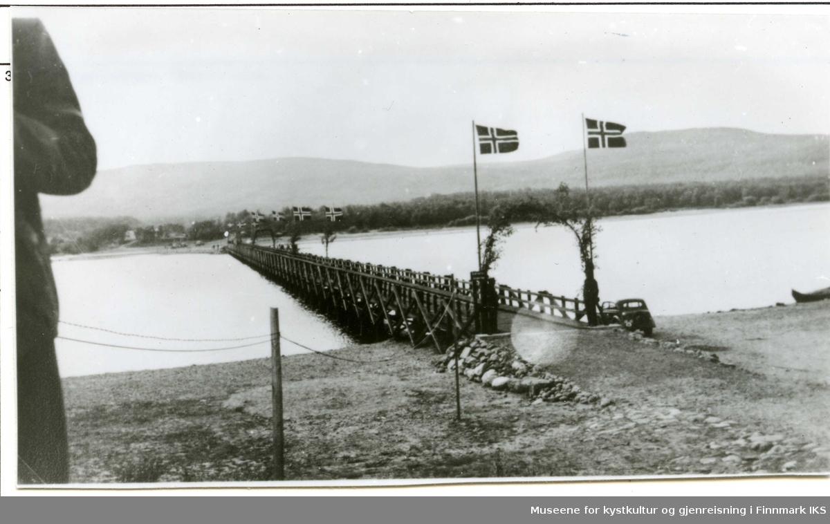 Den første brua over Tanaelva. 1939.