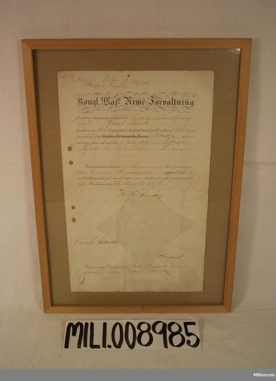 Pensionsbrev för soldaten Carl Farb vid Kungl. Jönköpings Regemente, I 12. Han hade då - år 1871 - varit soldat i 32 år och sju månader.