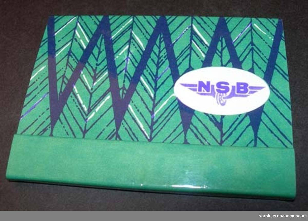 Fyrstikkbrett : fyrstikker i pakning med NSB-logo