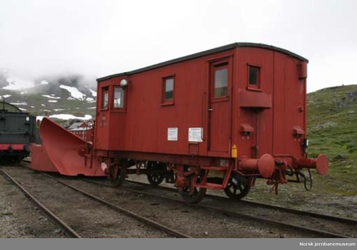 Sporrenser NSB litra Xs 5475, senere nr. 30-07-5475 - snørydding av sporet