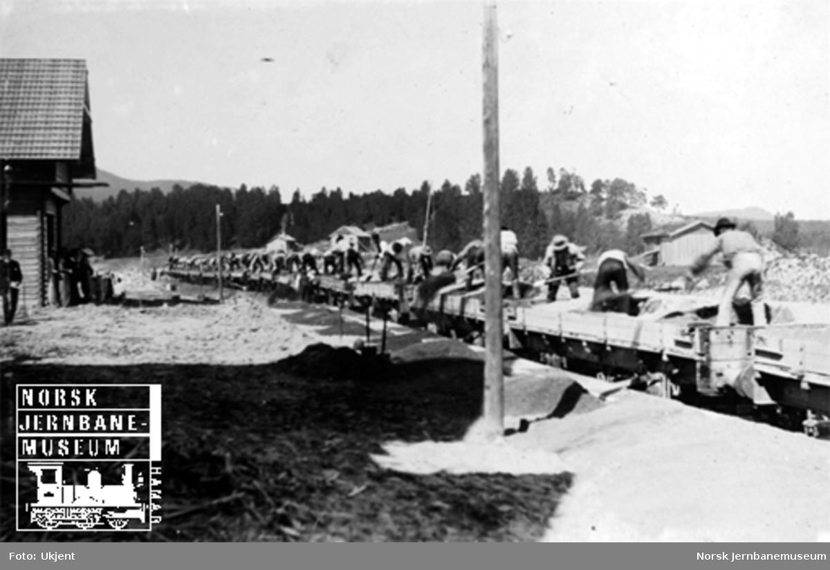 Grusing av Solørbanen på Flisa stasjon