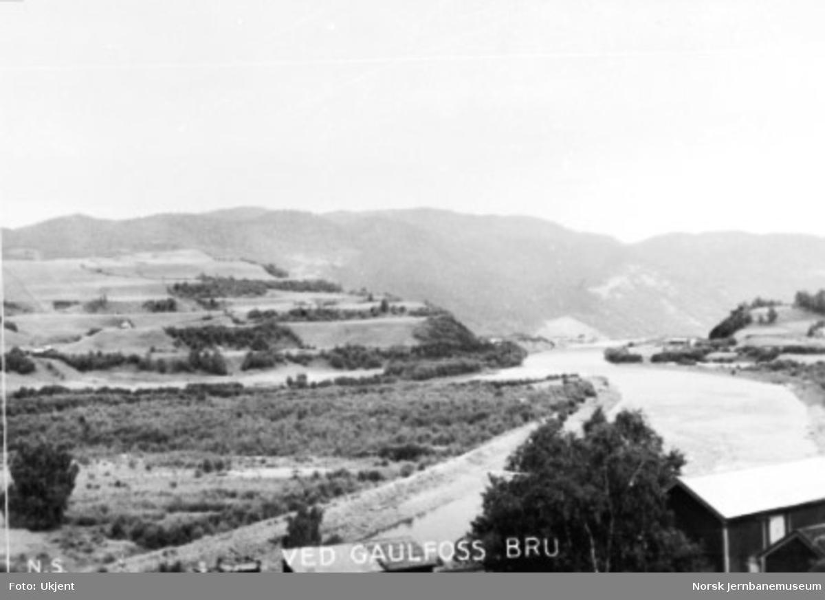 Landskapsbilde med Gaula ved Gulfossen