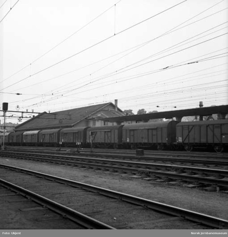 Hamar stasjon : godsekspedisjonen