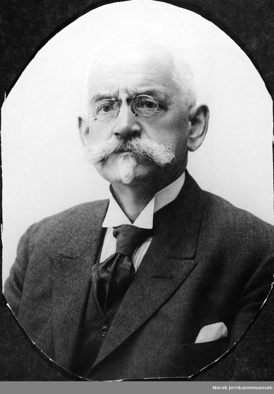 Portrett av kontorsjef Claus Koefoed Gramm, Hamar