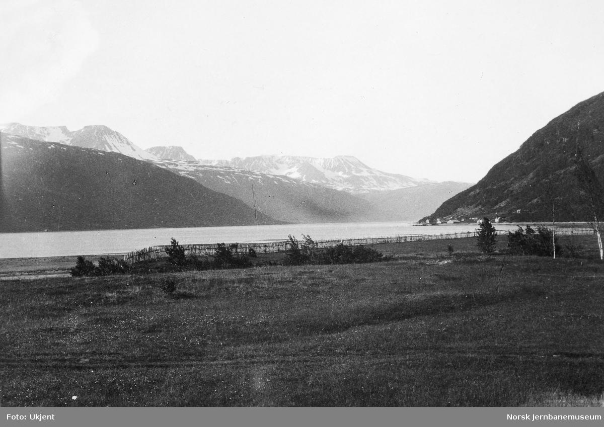 Lyngenfjorden i Kvesmenes