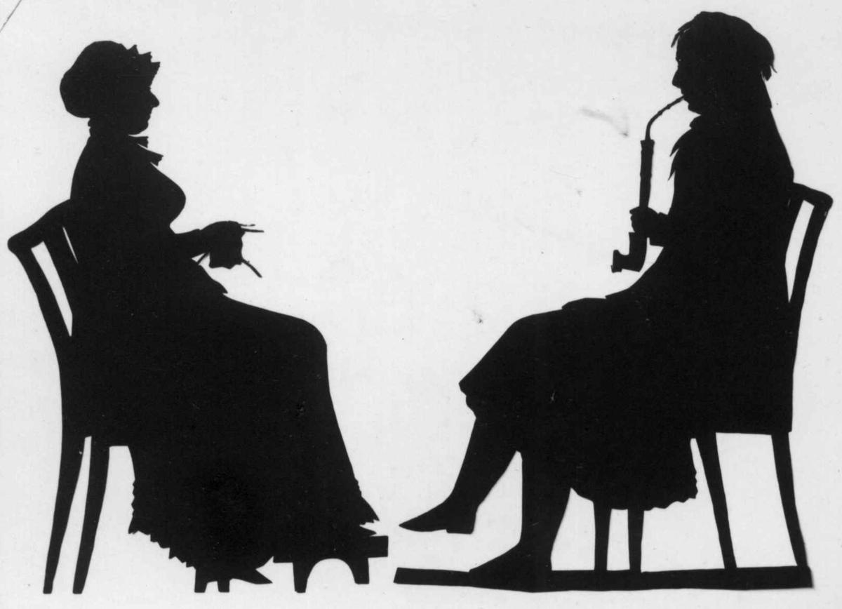 Dame og herregruppe, helfigur, ukjente, silhouett.