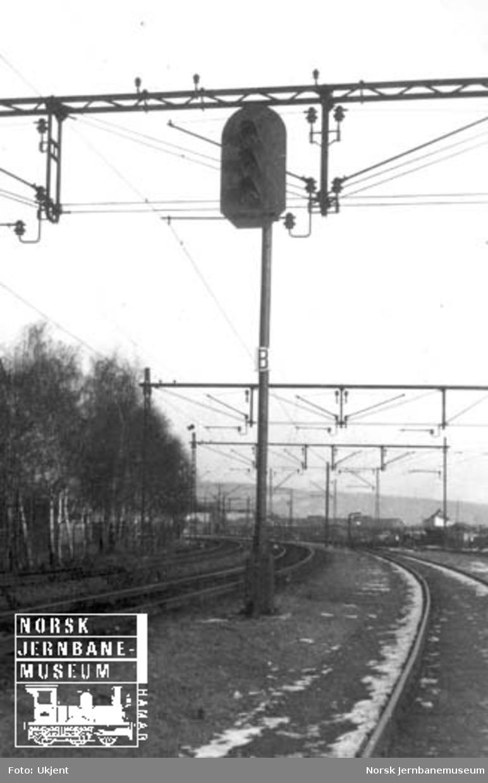 Hovedsignal av fabrikat AEG ved innkjøring til Oslo V