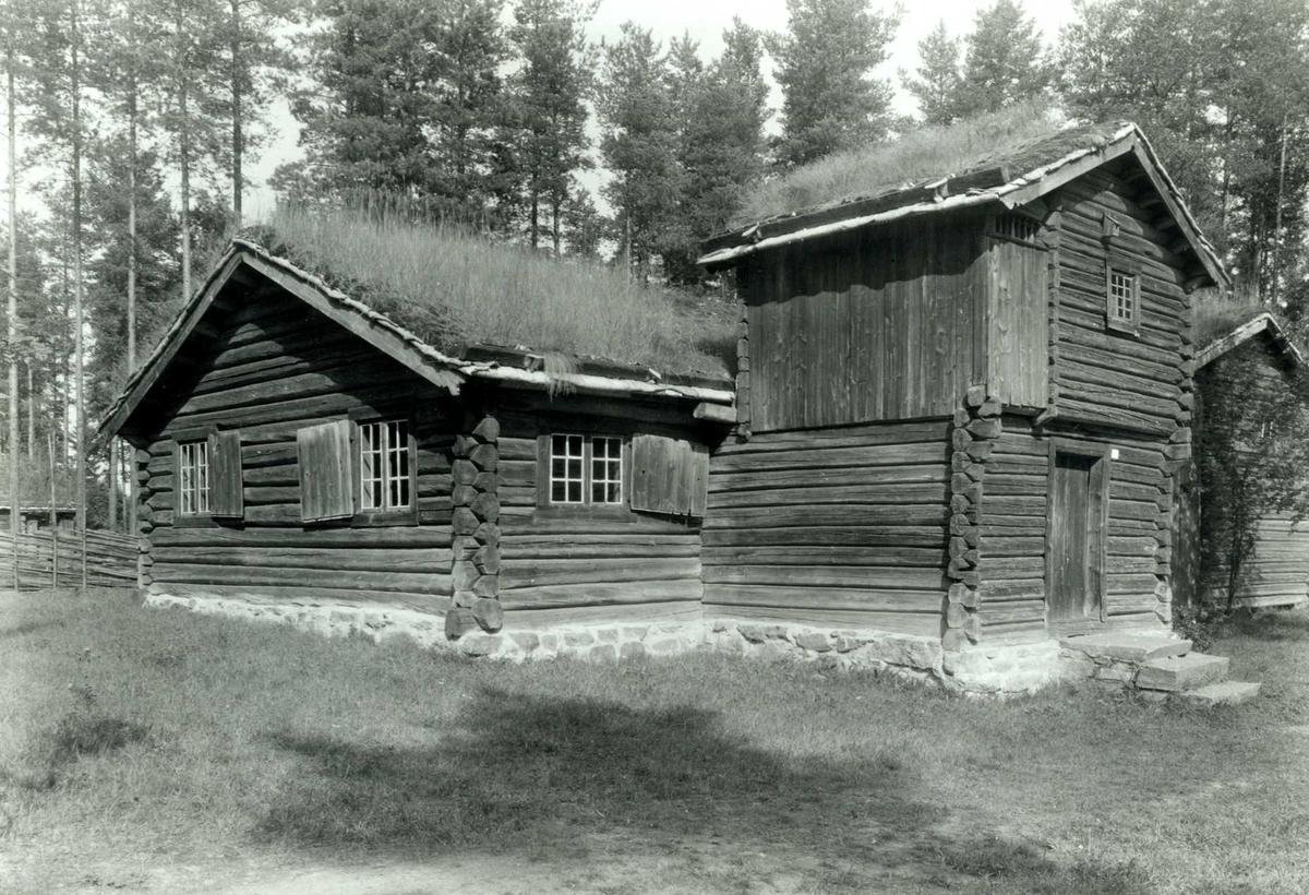 Bjøntegård, Rendalen, Nord-Østerdal, Hedmark. Barfrøstua. Nå på Glomdalsmuseet.